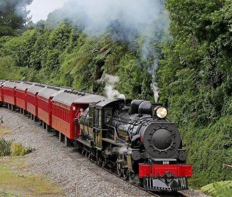 Marlborough Flyer steam train